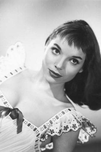 Elsa Martinelli 3