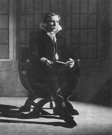 Sir Donald Wolfit Hamlet