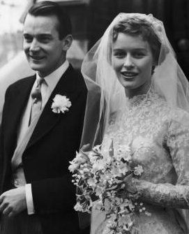 Virginia McKenna marries Denholm Elliott