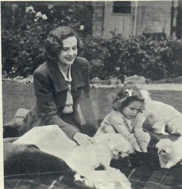 Phyllis Calvert and Ann Auriol
